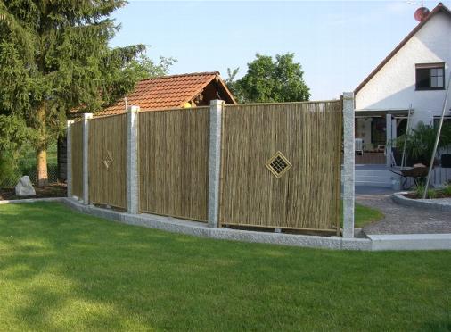 Separadores jardin borduras de plstico en t oficinas for Cerrar valla jardin