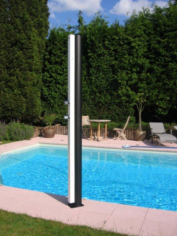 Duchas solares para piscinas cheap ducha solar pvc curvada de l with duchas solares para - Duchas de piscinas ...