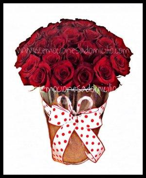 36 Rosas en Jarrón