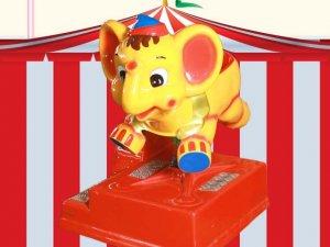 K10 Elefante amarillo