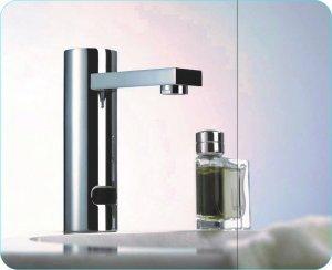 Grifo de sensor para lavamanos