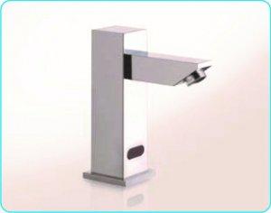 Grifo de sensor para lavamanos 5