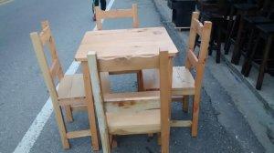 Juego mesa de madera