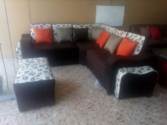 Muebles simetricos e c sala modelo edu for Modelos de muebles de sala