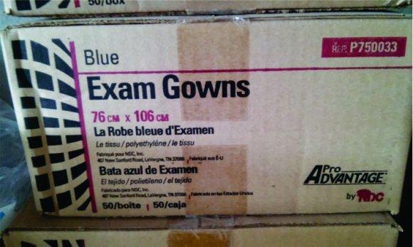 Bata Desechable p/examen caja c/50