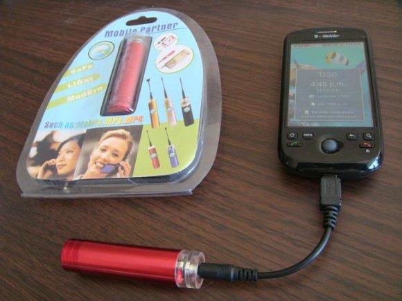 """Cargador Celular, MP3, MP4 , con una Pila """"AA"""""""