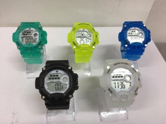 Relojes de Colores Transparentes para Niños de Altisima Calidad. Cinco Modelos en Stock